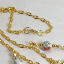 Load image into Gallery viewer, Caledonia Christmas Single Strand Necklace clasp view
