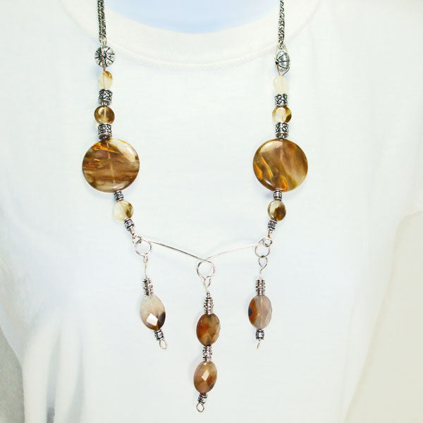 Barika Beaded Agate Costume Jewelry Necklace relevant front view