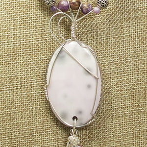 Gail Chalcedony Cabochon Pendant Necklace front blow up view