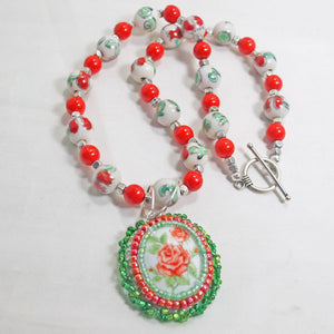 Ichtaca Bead Embroidery Pendant Necklace flat view