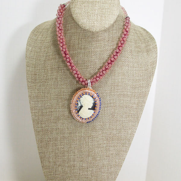 Zakiyae Bead Embroidery Cameo Pendant Necklace relevant front view