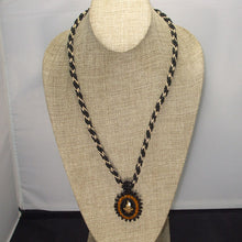 Load image into Gallery viewer, Pacomia Cameo Bead Embroidery Pendant Necklace from relevant view