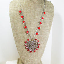 Load image into Gallery viewer, Callan Wire Design Beaded Jewelry Necklace relevant front view