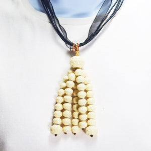 Ladeidra Beaded Tassel Jewelry Necklace close up view