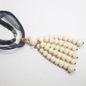 Ladeidra Beaded Tassel Jewelry Necklace flat view