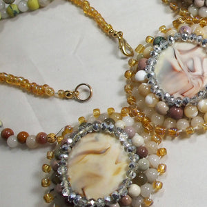 Queralt Jasper Bead Embroidery Pendant Necklace clasp view