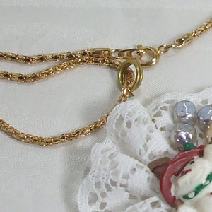 Balbina Christmas Lace Pendant Necklace clasp view