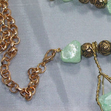 Load image into Gallery viewer, Sachi Beaded Green Agate Necklace clasp view