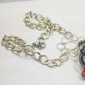 Ebe Beaded Dangle Pendant Necklace clasp view