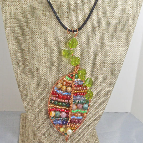 Valeska Beaded Wire Design Pendant Necklace close up view front