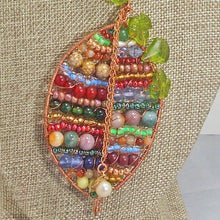 Load image into Gallery viewer, Valeska Beaded Wire Design Pendant Necklace blow up view