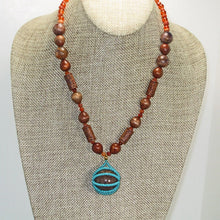 Load image into Gallery viewer, Mab Beaded Jewelry Necklace relevant view