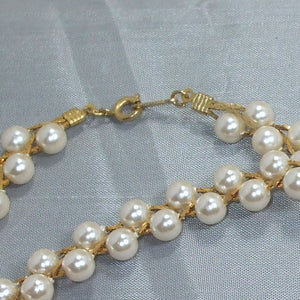 Abia Pearl Beaded Necklace clasp view
