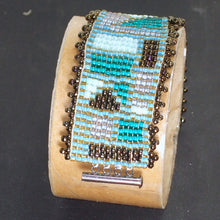 Load image into Gallery viewer, Laynne Loom Bracelet relevant view