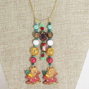 Earwyn Christmas Single Strand Dangle Necklace close up view front