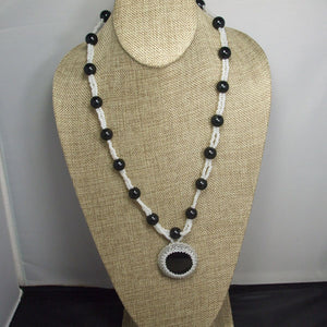Earlene Beaded Cabochon pendant Necklace