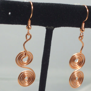 Zacharie Wire Earrings close view