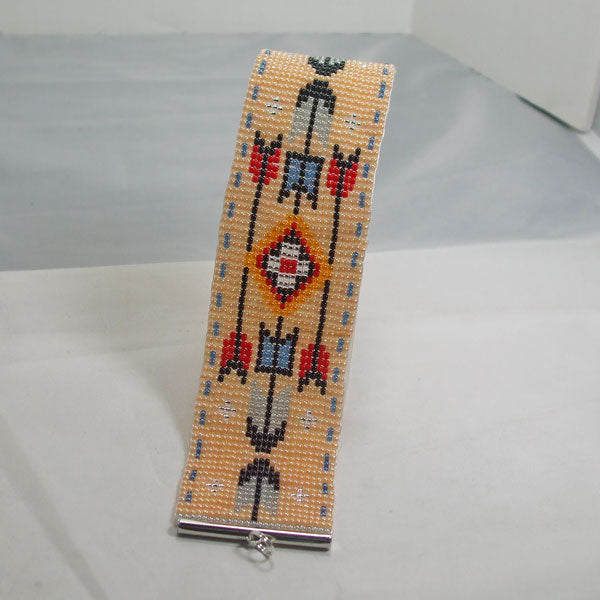 Kahsha Loom Native Bracelet relevant view