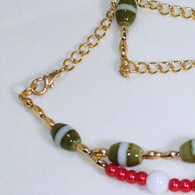 Load image into Gallery viewer, Daisha Beaded Christmas Necklace clasp view