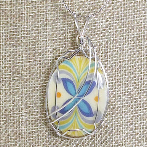 Kaeley Wire Wrap Polymer Clay Cabochon Pendant Necklace blow up view
