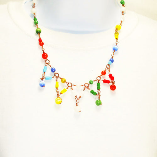 Waynae OES Beaded Costume jewelry Necklace relevant front view