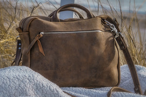 courier brown back seagrass