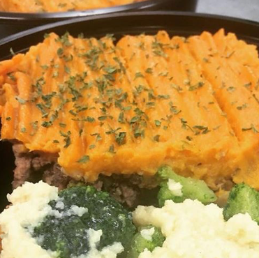 PRIMAL CRAVINGS BEEF SHEPPARD'S PIE WITH