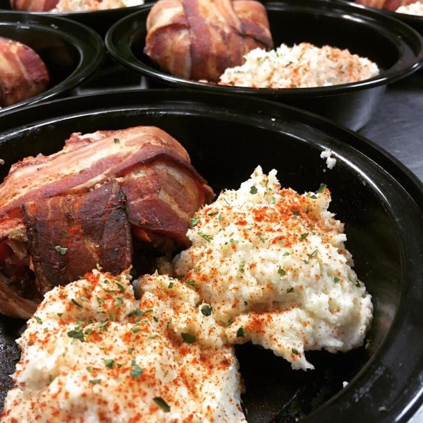 PRIMAL CRAVINGS BACON BOMB WITH CAULIFLOWER MASHED POTATO (4617139879987)