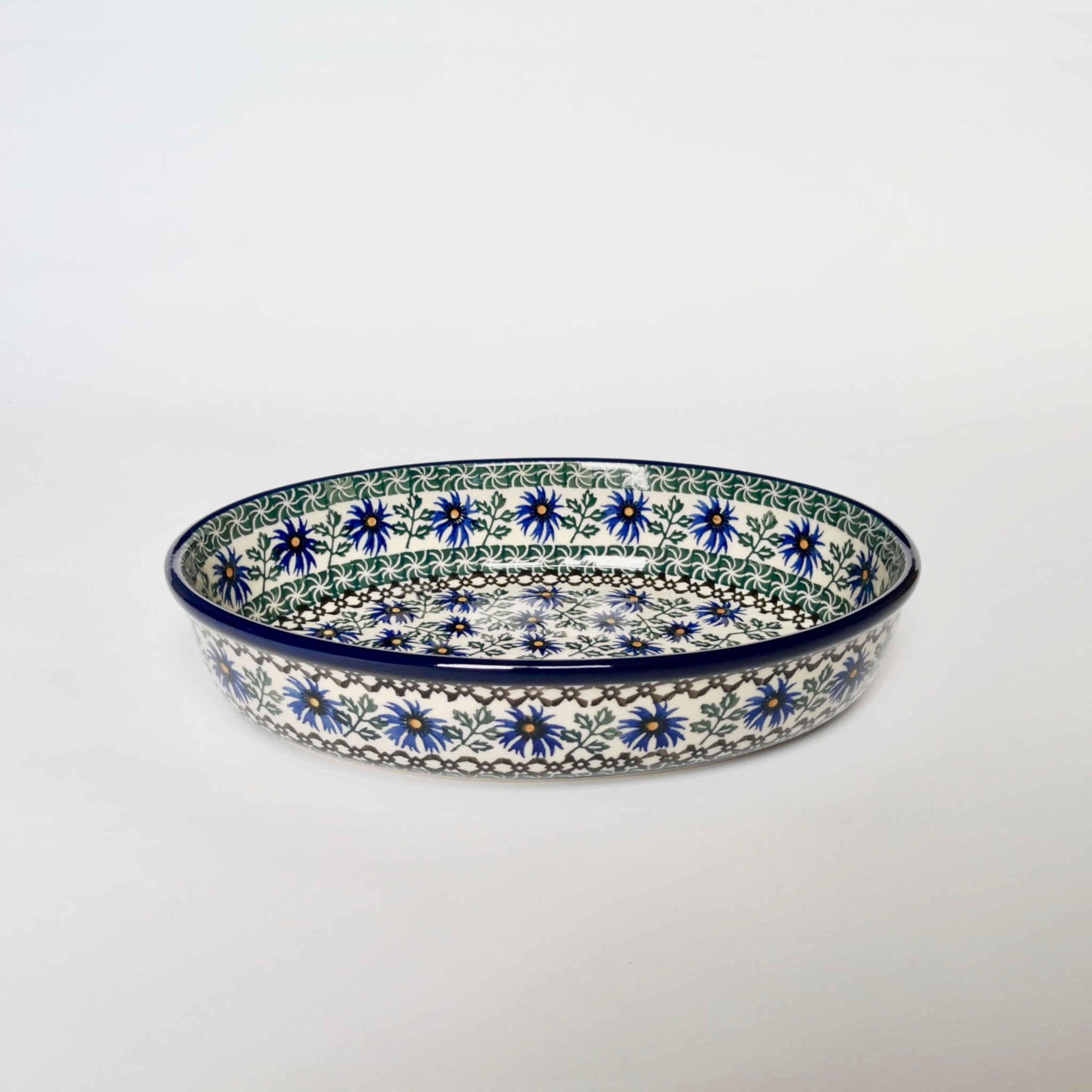 Medium Oval Baking Dish in Cornflower