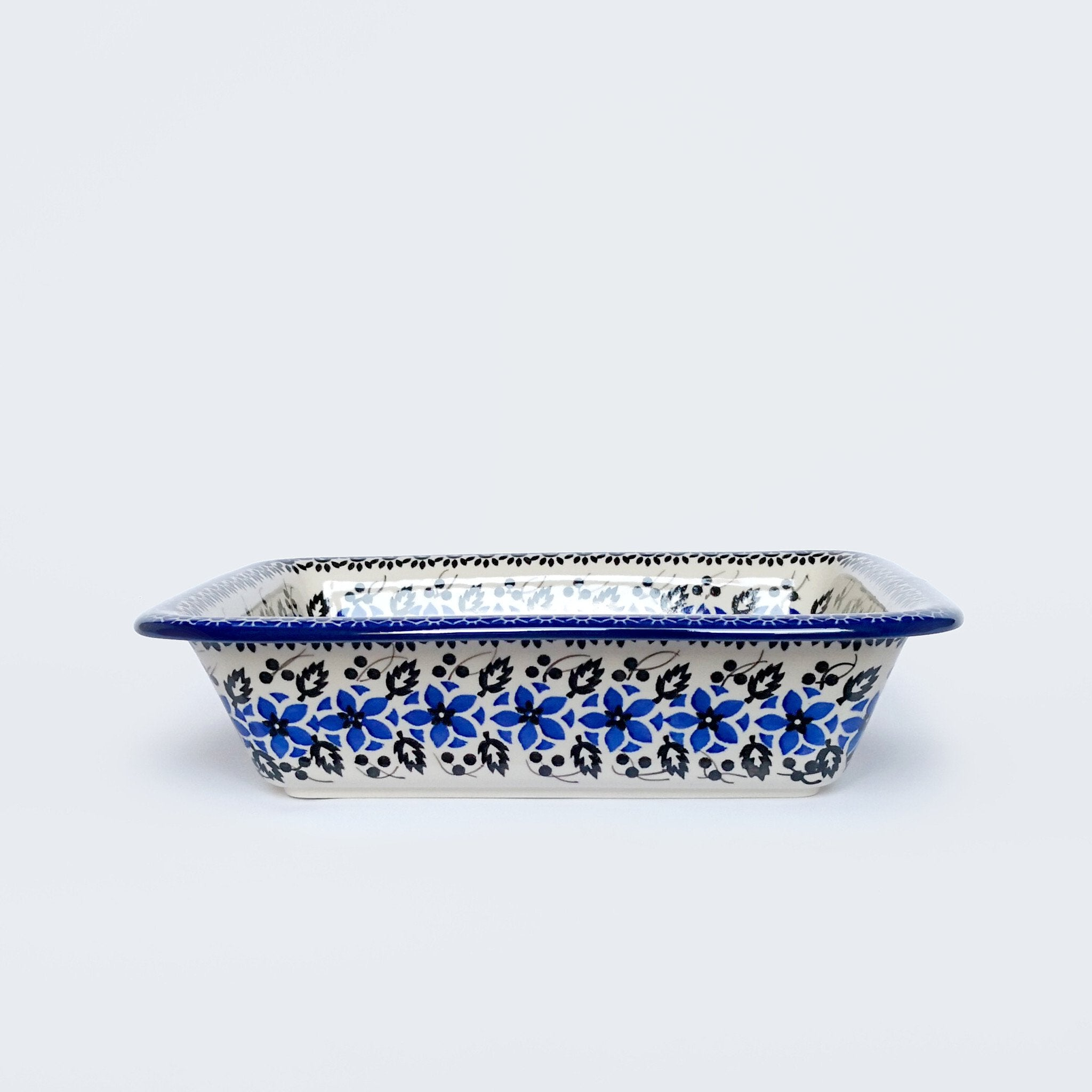 Small Pie Dish in Periwinkle