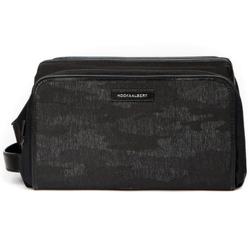 Hook and Albert Camo Print Travel Toiletry Kit (Black Camo)