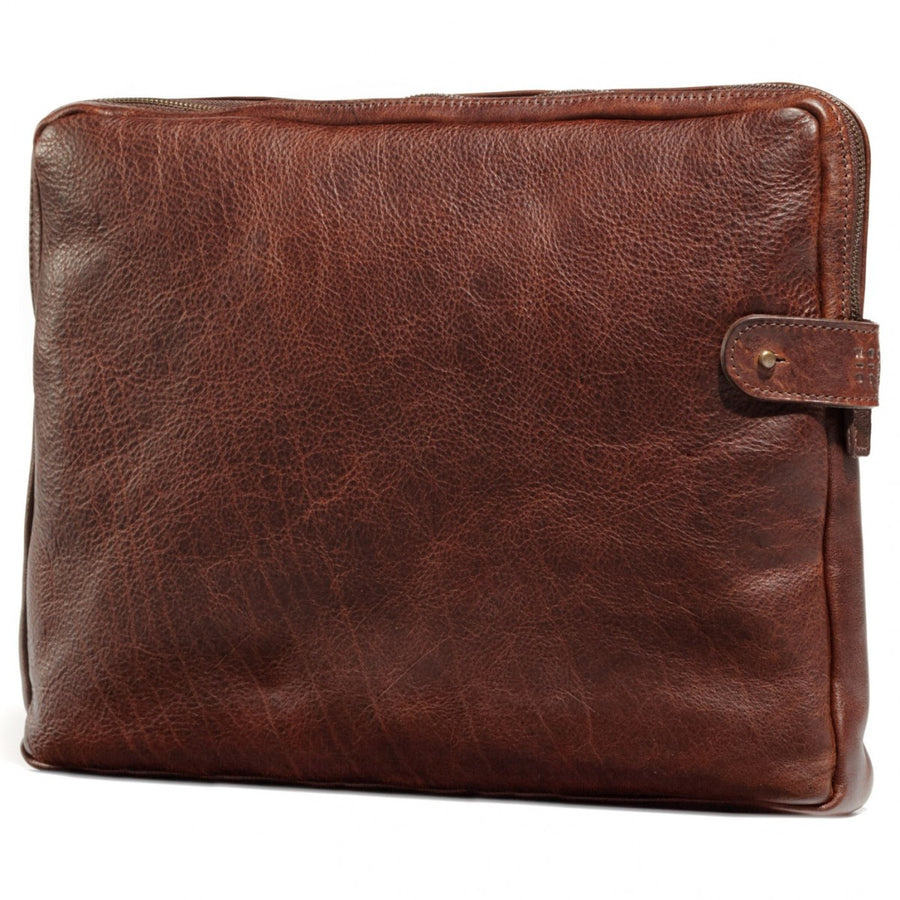 Moore and Giles Laptop Sleeve with Rechargable Battery, Titan Milled Brown