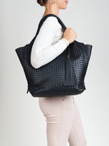 RAVENNA SHOULDER BAG.