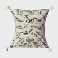 Traditional Throw Pillow - 18x18 - Cotton