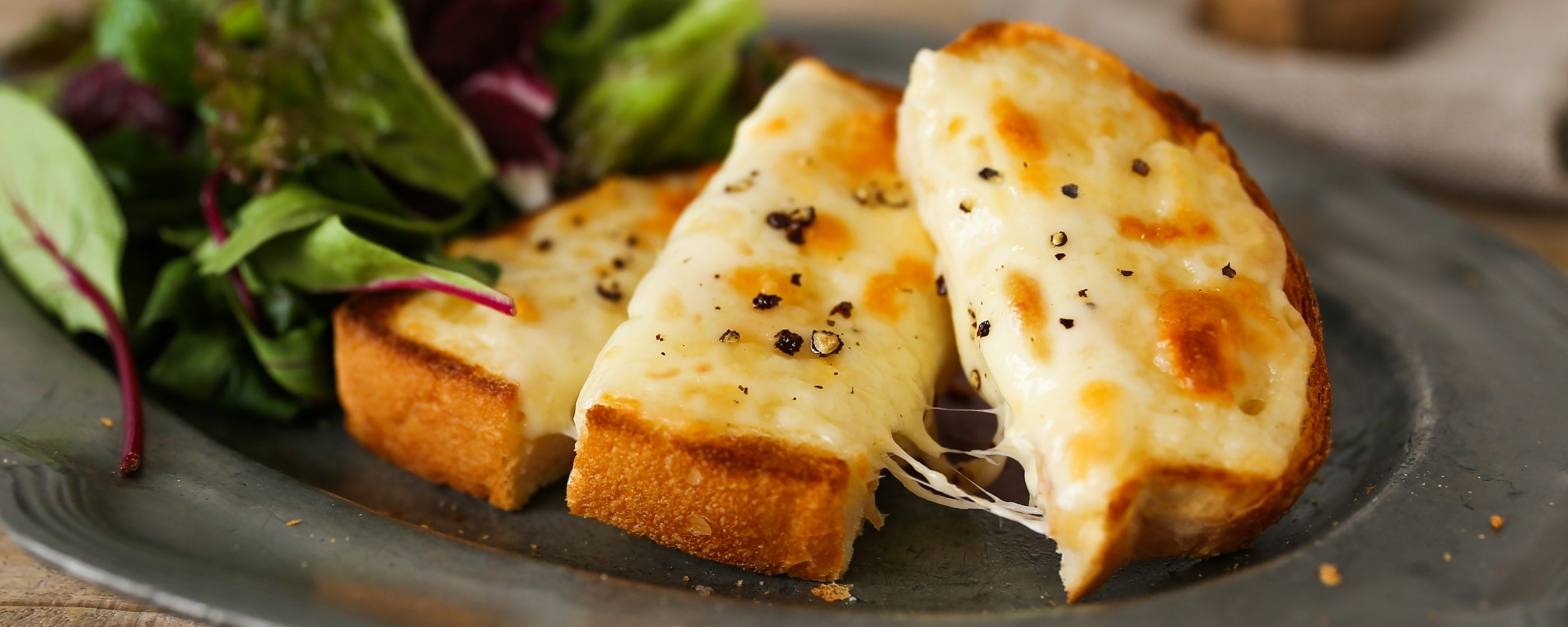 Cheese Toast with Black Pepper
