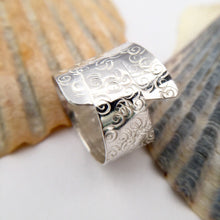 Load image into Gallery viewer, Sterling Silver Patterned Statement Ring
