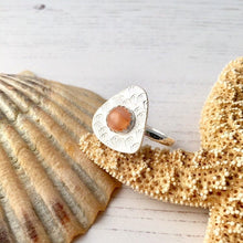 Load image into Gallery viewer, Peach Moonstone Gemstone Ring