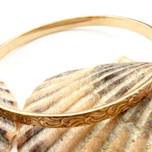 Load image into Gallery viewer, Textured Brass Bangle
