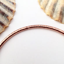 Load image into Gallery viewer, Line Hammered Copper Stacking Bangle