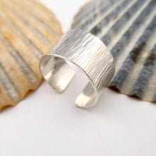 Load image into Gallery viewer, Open Wide Sterling Silver Ring