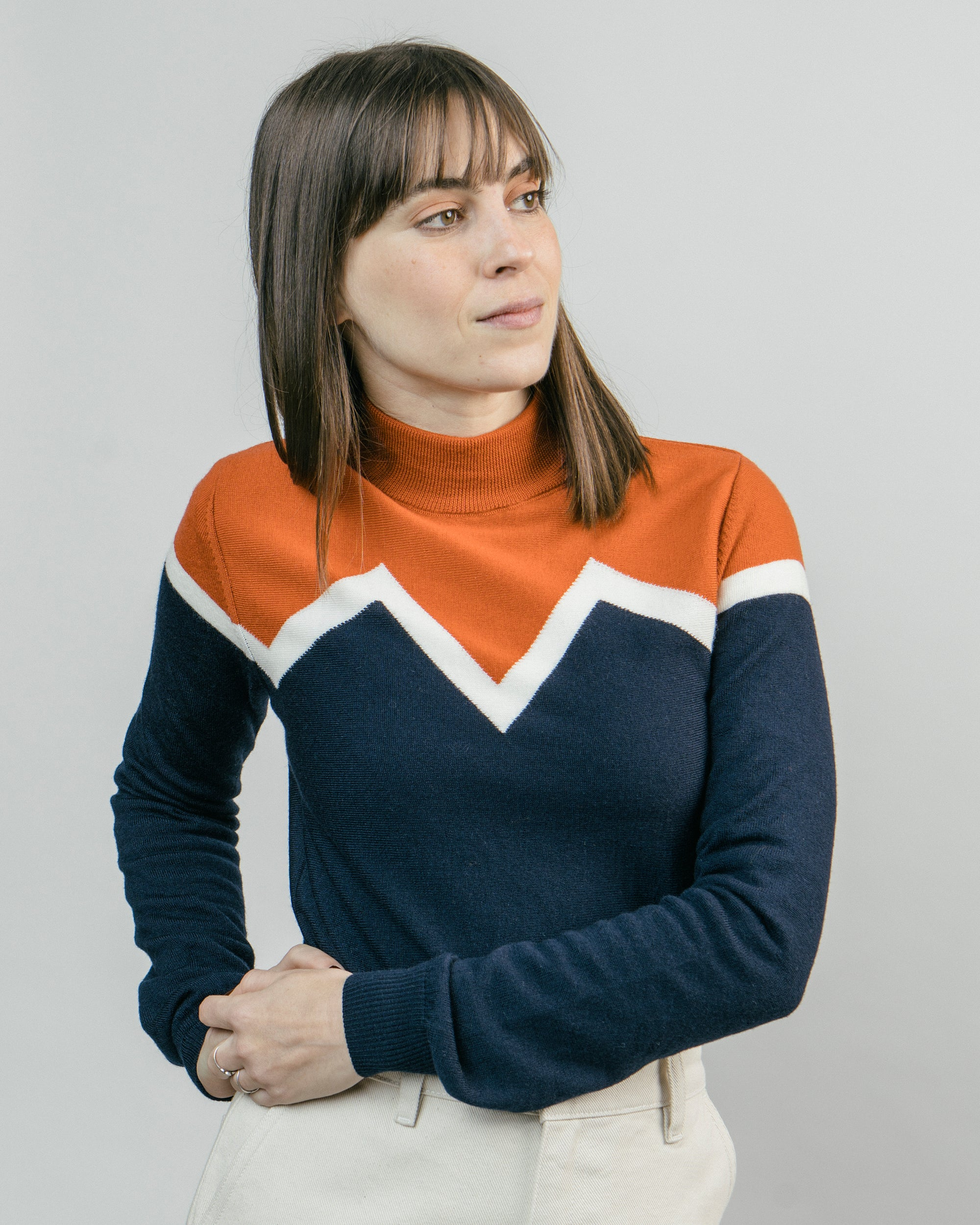Winter Peak Pullover Orange Neck