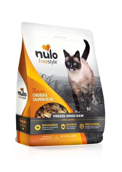 Nulo FreeStyle Freeze-Dried Raw Chicken & Salmon Cat Food 8oz.