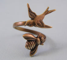 Load image into Gallery viewer, Bird and bee ring brass oxidized wrap adjustable retro lovers sparrow sex gift for her