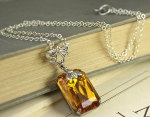 Amber jewel bee necklace vintage style victorian honey topaz crystal gem bohemian glass