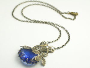 Victorian bird crystal necklace sapphire blue vintage jewel antique brass filigree bird bridal leaves garden Czech gem