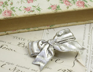Bow barrette retro silver finish hair clip 50's kitch vintage style hair accessory