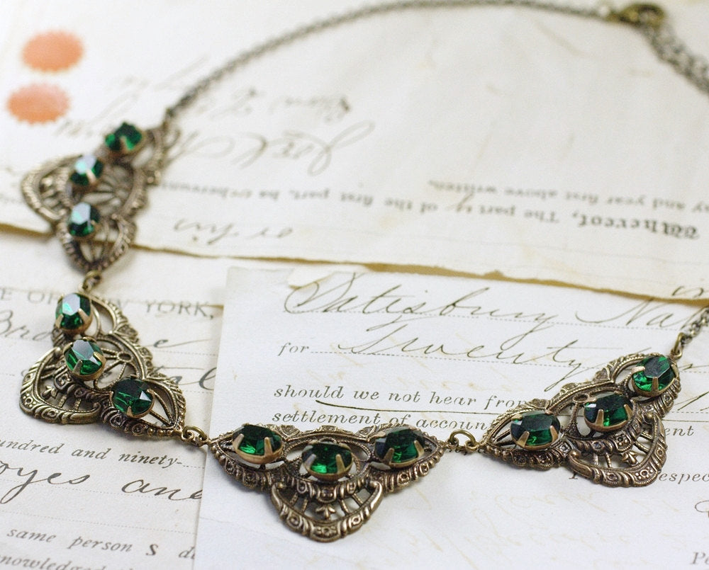 Emerald necklace crystal filigree brass green jewel collar rhinestone vintage bridal