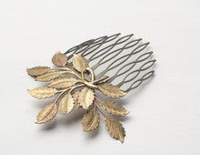 Load image into Gallery viewer, Leaf hair comb bridal vintage style wedding leaves brass bronze hair accessory