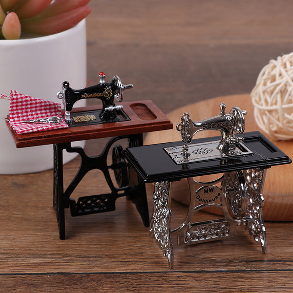 Kids Dollhouse Decor Miniature Furniture Wooden Sewing Machine with Thread Scissors Accessories - honeylives