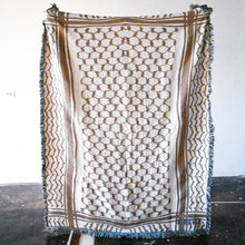 Load image into Gallery viewer, Kuffiyeh Throw Blanket (Sand)